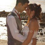 couple mariés avec fond de la plage de Meschers