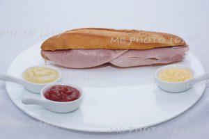 sandwich au jambon pour publicité entreprise de cognac charente