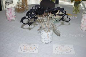 decoration-bapteme-table-avec-des-bonbons-charente