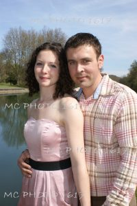 faire-part-mariage-photo-couple-au-bord-de-riviere-charente-cognac