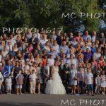-photo-groupe-mariage-avec-remorque-gradins-charente