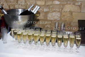 vin-honneur-coupe-de-champagne-fraiches